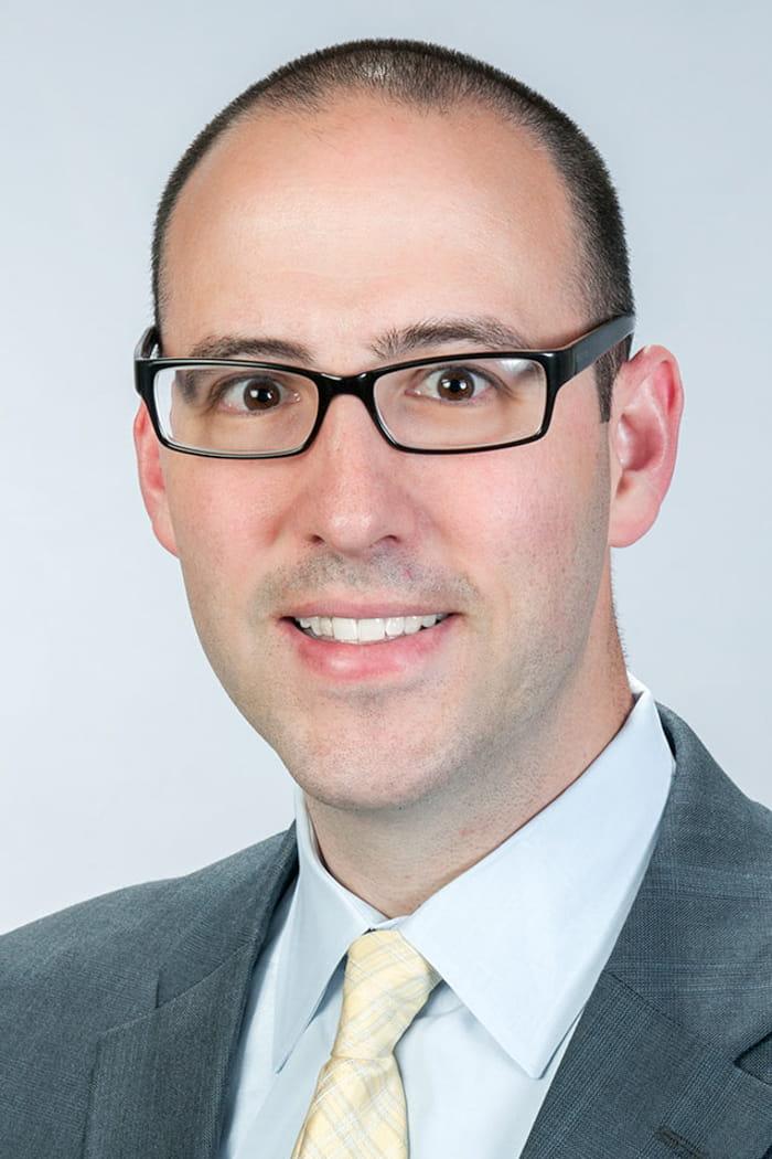 Headshot of Ari Daniel Chodos, MD