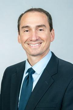 Head shot of Dr. Roberto Vargas
