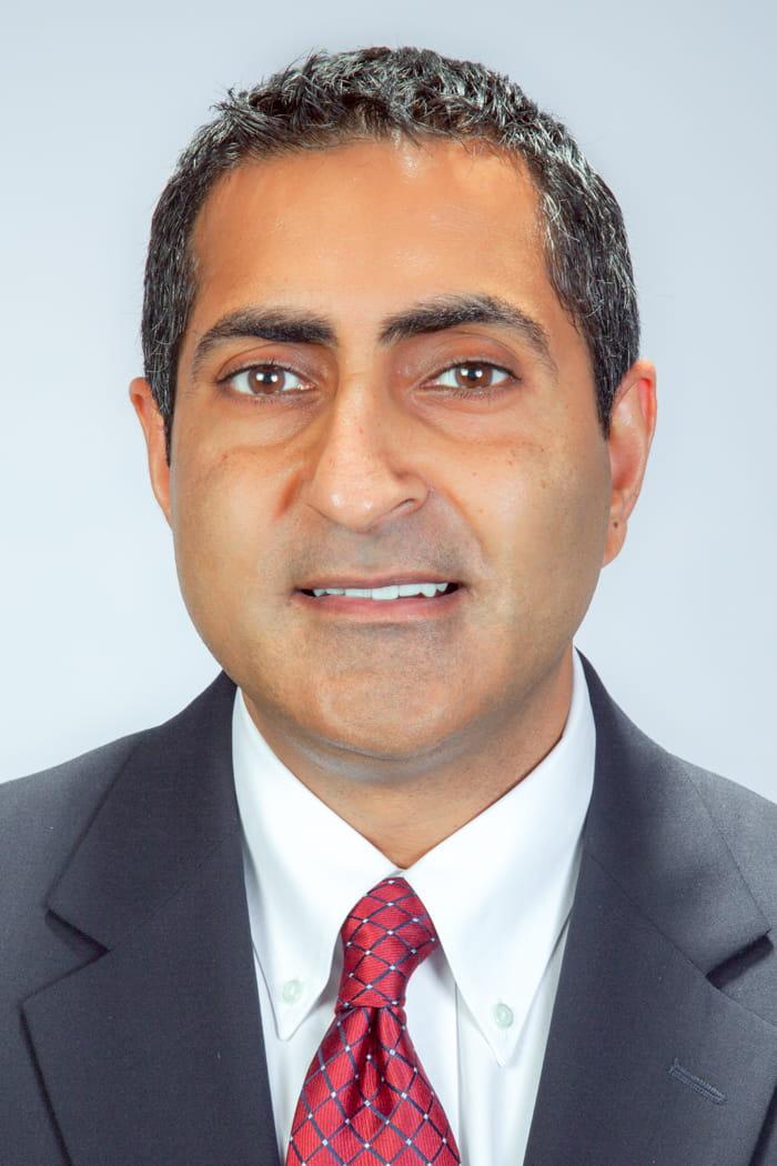 Headshot of Surinder Devgun, MD